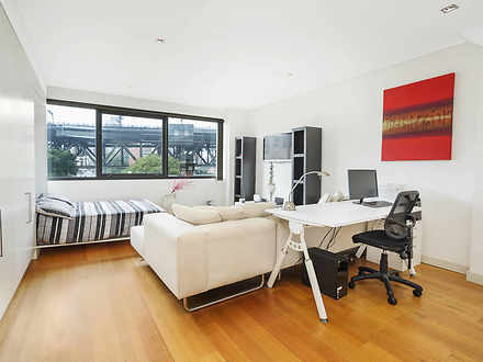 17/7 Northcliff Street, Milsons Point 2061, NSW Studio Photo