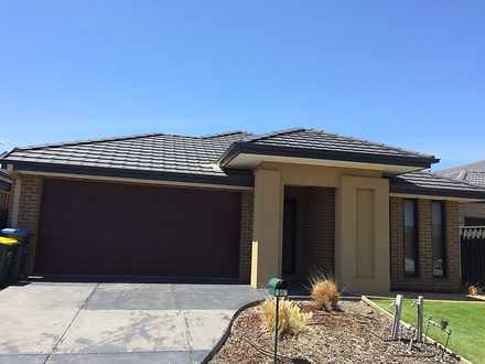 107 Kinglake Drive, Manor Lakes 3024, VIC House Photo