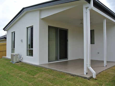 13B Sams Way, Marsden 4132, QLD Duplex_semi Photo