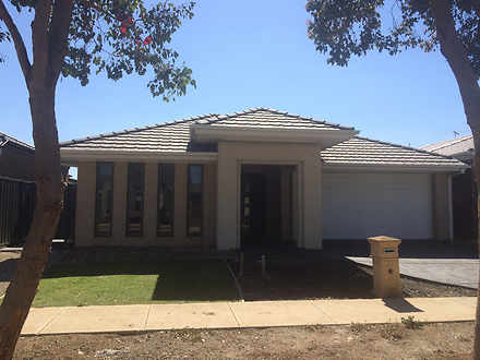 22 Edenvale Street, Manor Lakes 3024, VIC House Photo
