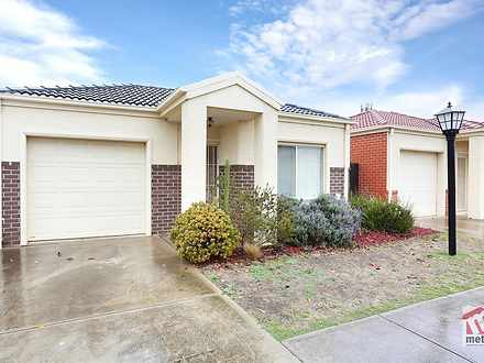 27/15-17 Crestmont Drive, Melton South 3338, VIC Unit Photo