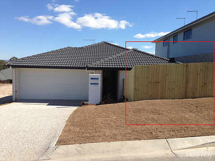 13B Mistral Crescent, Griffin 4503, QLD Duplex_semi Photo
