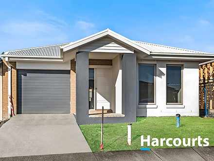 131 Athletic Circuit, Clyde North 3978, VIC House Photo