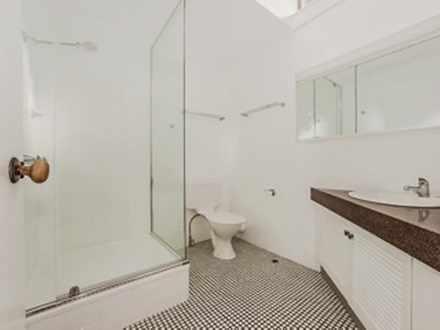 6a6190cbfd91164569fc1e1d 4416 dunlopterracebathroom 1613348137 thumbnail