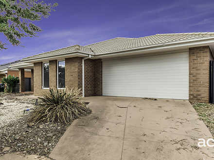 22 Niland Crescent, Point Cook 3030, VIC House Photo