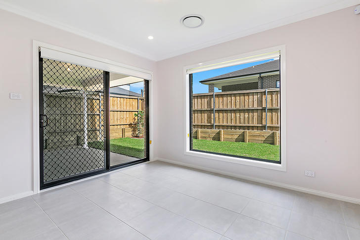 10 Serpentine Ave Avenue, North Kellyville 2155, NSW House Photo