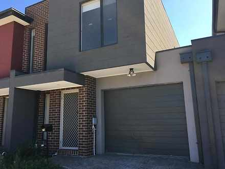 10 Loca Circuit, Epping 3076, VIC Townhouse Photo