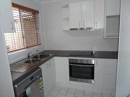 1/10 Annette Court, Labrador 4215, QLD Unit Photo