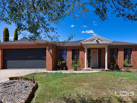 4 Hughes Avenue, Caroline Springs 3023, VIC House Photo