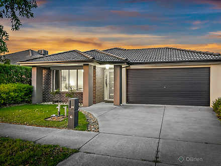 24 Mannavue Boulevard, Cranbourne North 3977, VIC House Photo