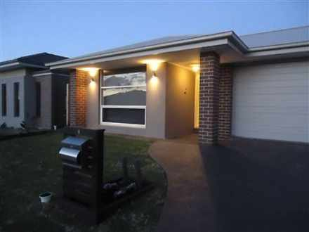 4 Galileo Way, Cranbourne West 3977, VIC House Photo