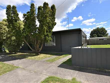 2/27 Watsons Road, Moe 3825, VIC Unit Photo