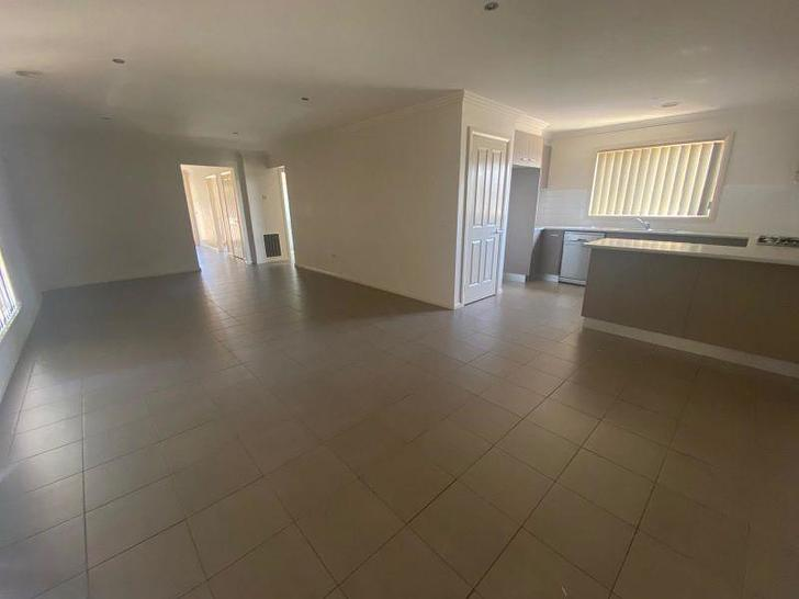 1 Carina Court, Point Cook 3030, VIC House Photo