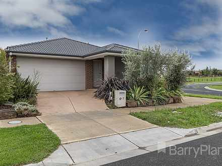 2 Crisp Street, Clyde North 3978, VIC House Photo