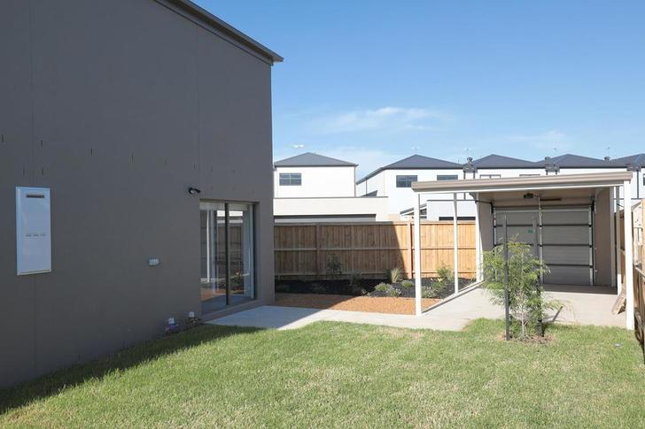 28 Paramount Boulevard, Wyndham Vale 3024, VIC House Photo