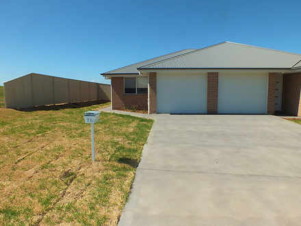 71A Newlands Crescent, Kelso 2795, NSW Duplex_semi Photo