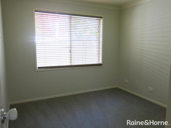 10 Rockland Court, Taylors Hill 3037, VIC House Photo