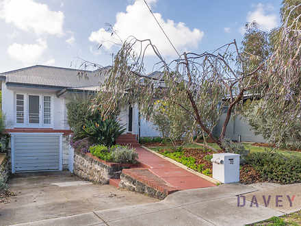 32 Auborough Street, Doubleview 6018, WA House Photo