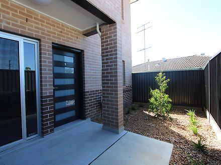 5/30-32 Third Avenue, Macquarie Fields 2564, NSW House Photo