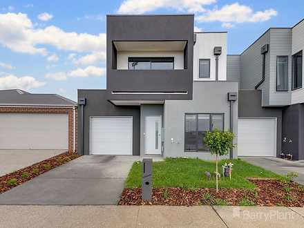 2B Heath Place, Pakenham 3810, VIC Townhouse Photo