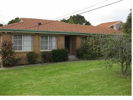 268 Gallaghers Road, Glen Waverley 3150, VIC House Photo