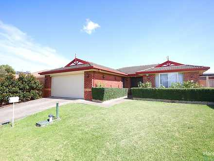 10 Hawkesbury Court, Thomastown 3074, VIC House Photo