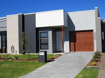 6 Chestnut Crescent, Caloundra West 4551, QLD House Photo