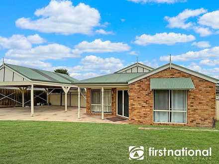 4 Jacqueline Place, Pakenham 3810, VIC House Photo