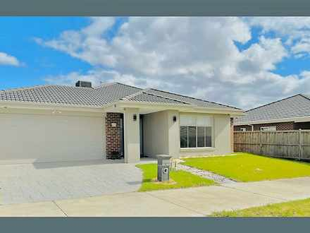 4 Carberry Drive, Clyde North 3978, VIC House Photo