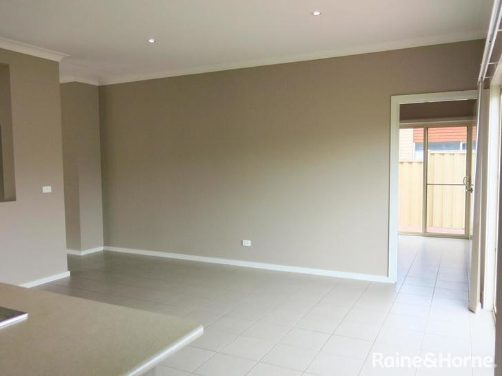 5 Whatmough Street, Caroline Springs 3023, VIC House Photo