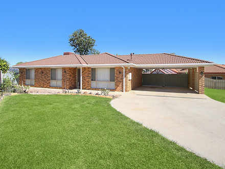 12 Darri Drive, Springdale Heights 2641, NSW House Photo