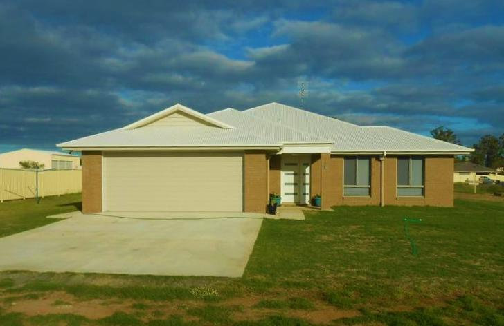 16 Vowles Street, Miles 4415, QLD House Photo