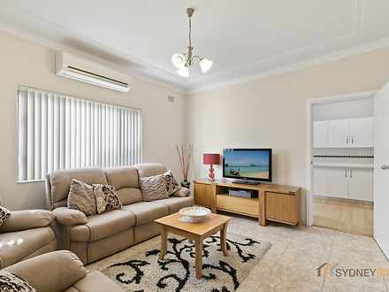 17 Henry Kendall Crescent, Mascot 2020, NSW House Photo