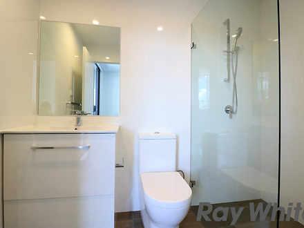 7ea2ea067574b3e40e407297 10000 bathroom 1615605141 thumbnail