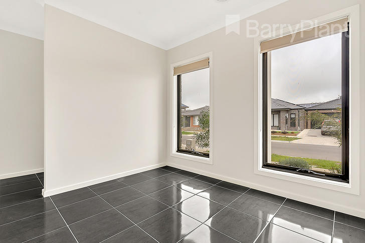 11 Colwood Avenue, Mickleham 3064, VIC House Photo