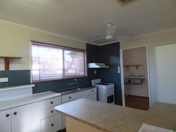 10 Foott Street, Roma 4455, QLD House Photo