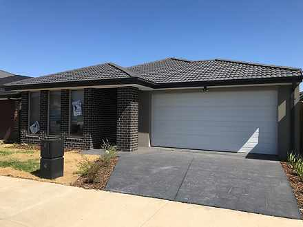 5 Silage Way, Wyndham Vale 3024, VIC House Photo