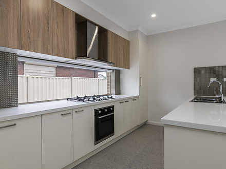 2/12 Kitchener, Pascoe Vale 3044, VIC Townhouse Photo