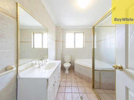 A01ca63adbcd70984bb34c5d 7520 bathroom2unit56 8gladstonest 1616051684 thumbnail