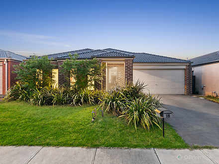 18 Lusitano Way, Clyde North 3978, VIC House Photo