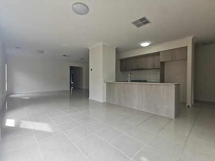 30 Beagle Street, Tarneit 3029, VIC House Photo