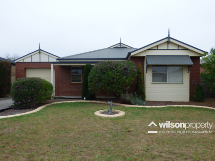 14 Giles Place, Traralgon 3844, VIC Townhouse Photo