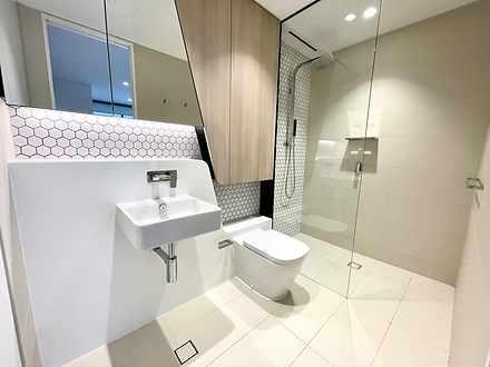 Cd151ef1cd61aab30d3e493c bathroom 4153 605aa98a41ecc 1616554547 thumbnail