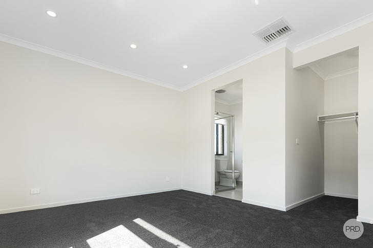 11 Alfreda Place, Golden Square 3555, VIC House Photo