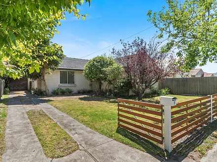 9 Robinsons Road, Seaford 3198, VIC House Photo