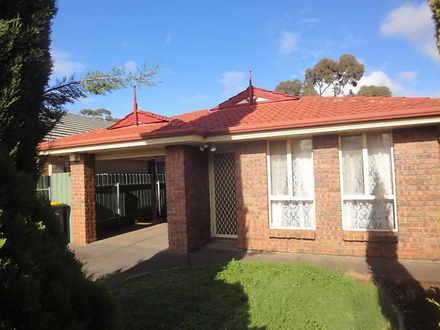 8 Lynton Court, Blakeview 5114, SA House Photo