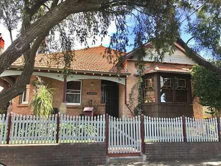 Stanmore 2048, NSW Flat Photo