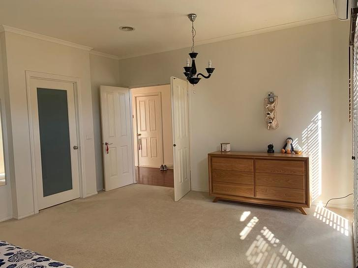 5 Finchley Road, Point Cook 3030, VIC House Photo