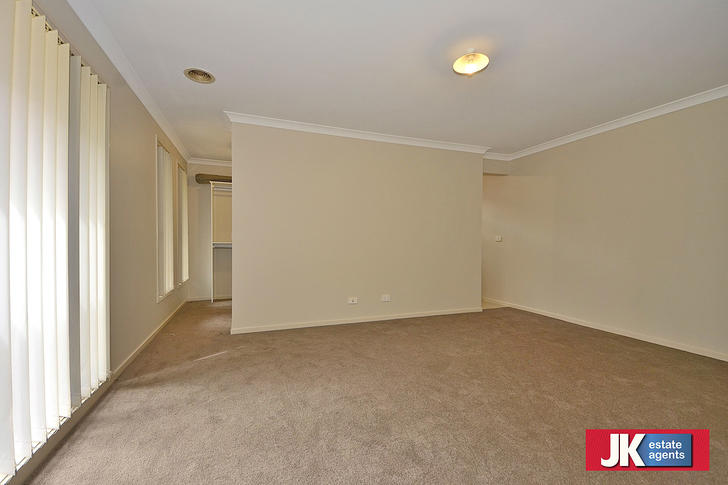 5 Madigan Street, Tarneit 3029, VIC House Photo
