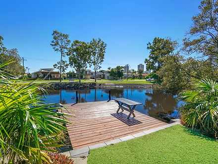 17 Perry Place, Biggera Waters 4216, QLD House Photo